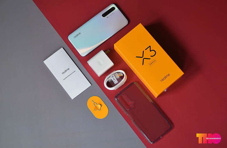 Inexpensive Camera Phone Realme X3 Superzoom With 60x Zoom In All