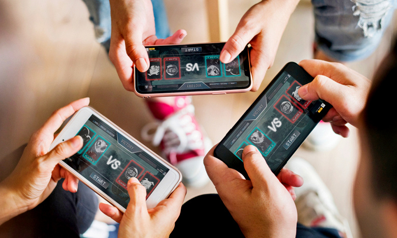 iPhone mobile gamers