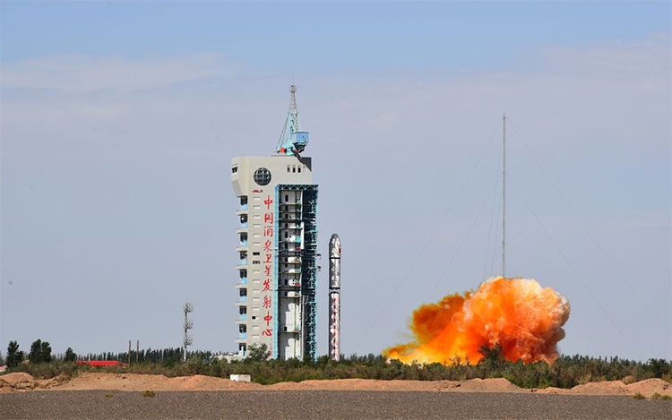 China's reusable spacecraft | How will it change space travel?